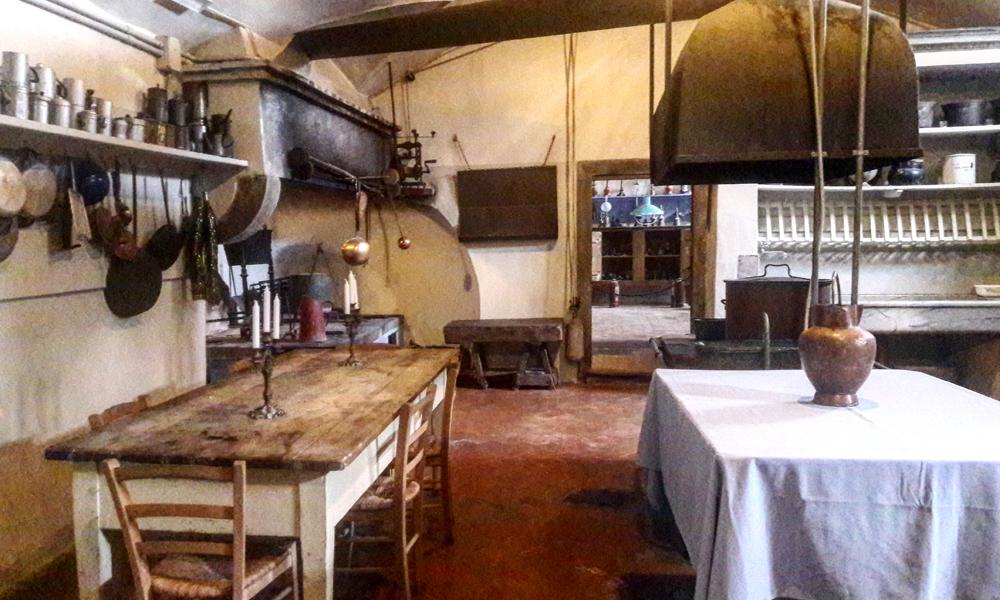 Degustazione Vino e Pranzo in una Villa Rinascimentale o Castello Medievale